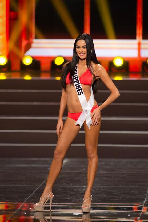 Ariella-Arida-Miss-Universe-Philippines-2013-swimsuit_2
