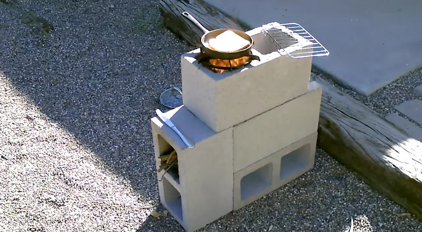 How to Make an Emergency Rocket Stove with 4 Concrete Blocks