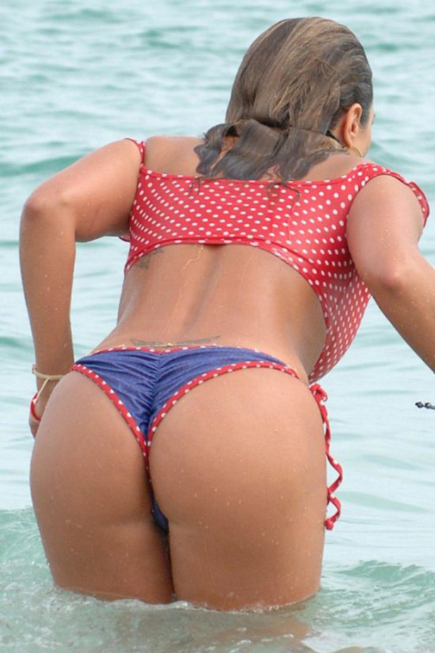 34 Beautiful Reasons Why Girls in Bikinis Make 4th of July the Hottest Holiday