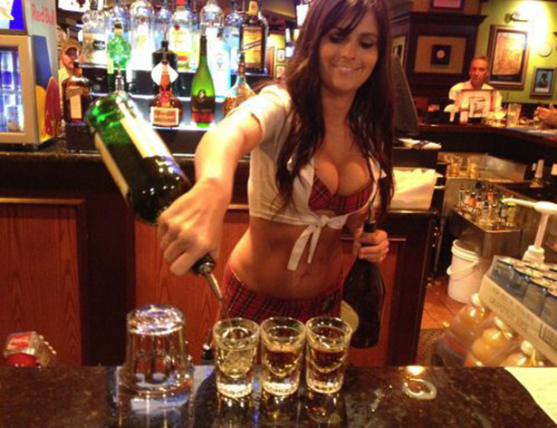 How To Get Great Service in Any Bar