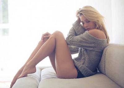 hot-girls-really-long-legs-014