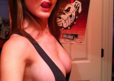 hot-girls-sideboob-tanktop_011