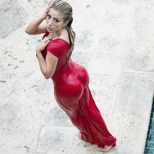 Hot Girl In Tight Red Wet Dress