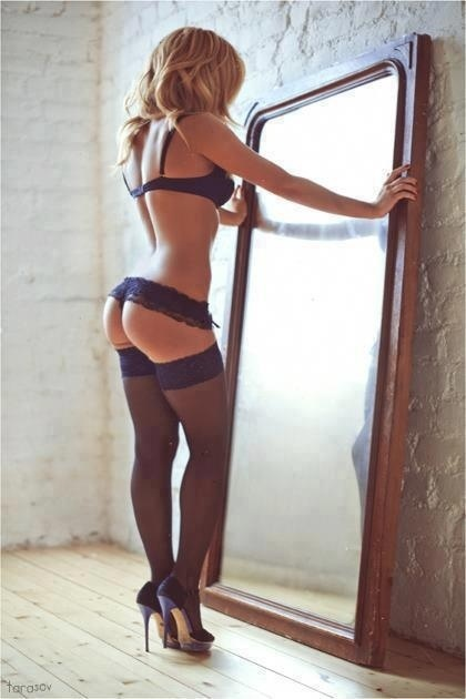 Sexy Woman in Lingerie 08